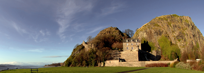Photo of Dumbarton Castle with  blue sky over head with a few thin clouds
